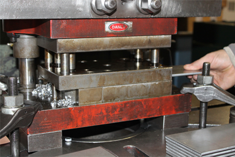Press - Punch machine